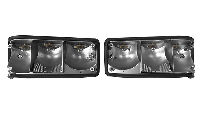 Rear Light Fitting with Bulbs and Holders